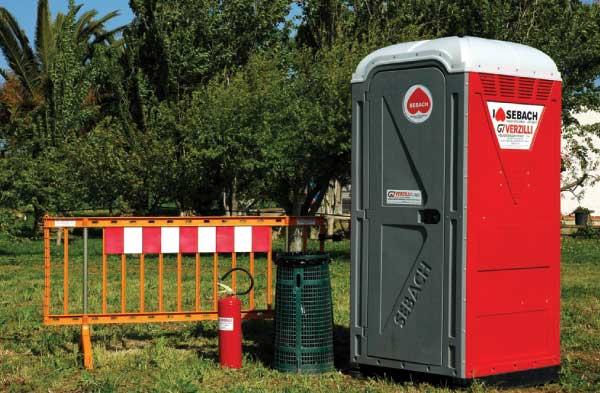 Servizi ecologia spurgo service noleggio bagni chimici e transenne sebach trasporto rifiuti - Noleggio bagni chimici firenze ...